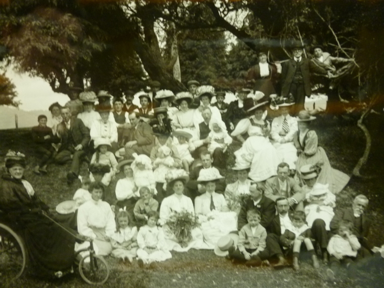 Picnic at Belmont, Lower Hutt, c. 1908. Photographer: Albert Percy Godber. A.P. Godber Collection, Alexander Turnbull Library