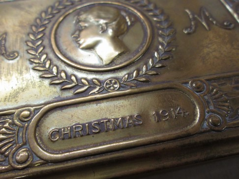 Princess Mary's Christmas Tin - Christmas 1914 (detail)